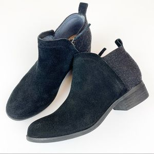 Toms black gray suede leather flannel fabric boots
